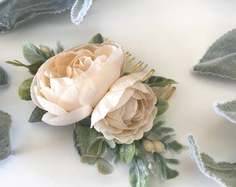 Champagne Flower Comb- Ranunculus Comb- Floral Comb- Champagne Bridesmaid Gift- Eucalyptus Comb- Boho Wedding Hair Comb- Greenery Comb