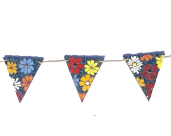 Outdoor, Floral Mosaic Bunting