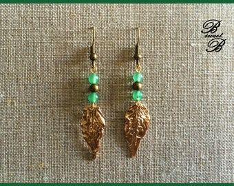 Bronze leaf and aventurine gemstone earrings, made entirely by hand.