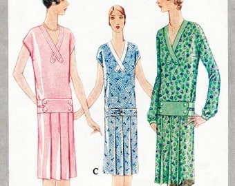 1920s 20s flapper dress vintage sewing pattern reproduction // 3 styles // pleat skirt // drop waist // bust 38