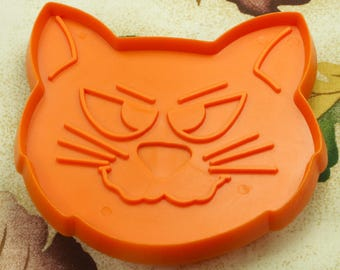 1970's Hallmark Orange Halloween Cat Cookie Cutter