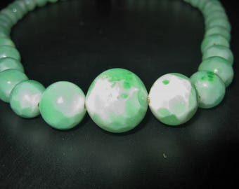Peking glass Bead Choker, 1920s Jade Green Glass Necklace, String of 37