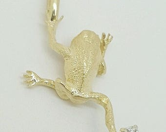 Vintage 14k solid yellow gold natural diamond frog pendant