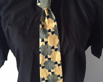 Tie in wax