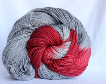 RTS Hand dyed yarn, red / gray speckled yarn, superwash merino, superwash wool, worsted weight, 100g