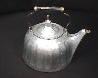 Large Vintage Wagner Ware Colonial Tea Kettle 8 Quarts Size # 9 A Complete & All Original