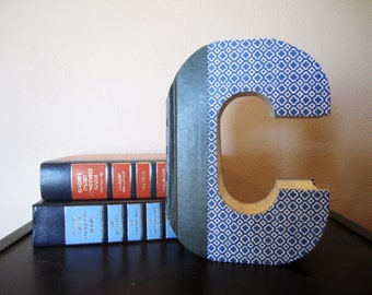 Letter C Monogram READY TO SHIP - Reader's Digest Book Letter -  Wedding Decor - Vintage Gift Idea - Book Lover's Gift - Library Gift