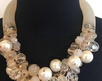 Vintage plastic bead lChocker, Vintage Jewelry, Vintage  Necklace