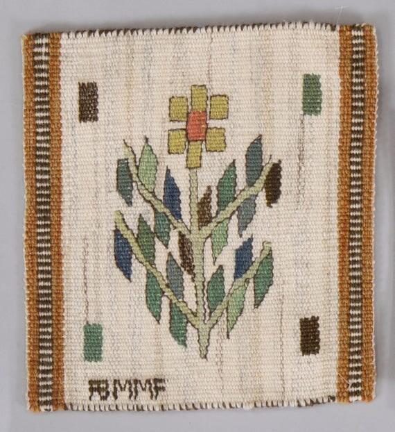 Vintage Swedish tapestry in wool by Märta Måås-Fjetterström called 'Blomlapp' numbered 2949 size 27.5 x 25.5 cm