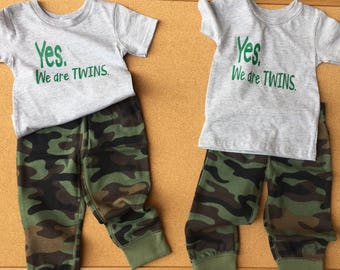 Yes We Are Twins Tshirt Set