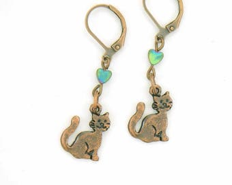 "The ""I love cats"" earrings"