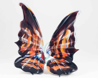 Blown Art Glass Butterfly Collectible  Figurine (code 165)