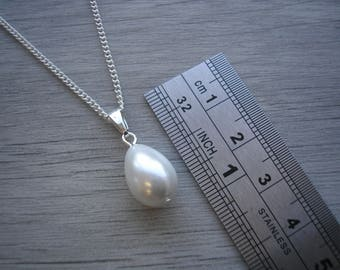 Pearl Drop Necklace, White Teardrop Pearl Necklace, Pear shaped drop, Bridesmaids Necklace, Pearl Wedding Jewelry, V12NWSP