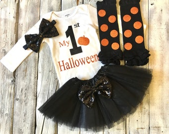 Baby girl first Halloween outfit, 1st Halloween outfit, black orange halloween outfit, baby girl halloween outfit, 1st halloween bodysuit