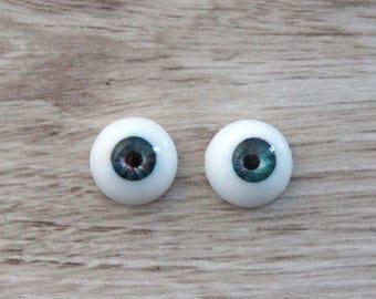 Doll eyes, bjd eyes 14mm. Hand Made Polymer UV resin eyes.