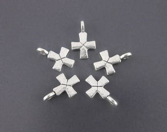 x 5 charms antique silver cross 16 x12mm (28 d)