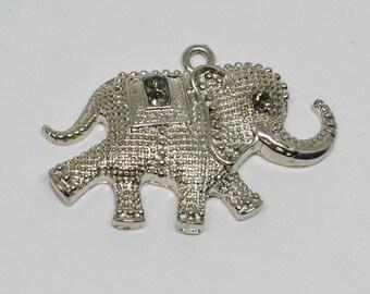 Lovely Silver Tone elephant Pendant
