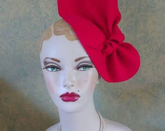 Red Felt Sculptured Vintage style Hat 1940s Inspired, can be worn 2 ways