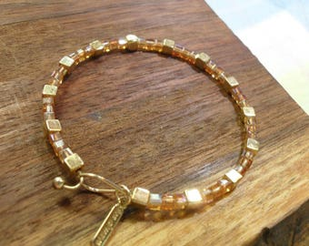 YOUNION Crystal and Gold Cube Beads Bracelet