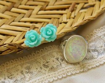 Mint Flower Stud Earrings | Mint Flower Studs | Flower Stud Earrings | Mint Green Studs | Hypo-allergenic Studs | Mint Green Earrings | Gift
