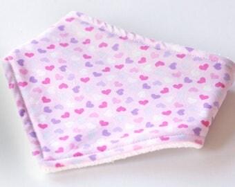 Hearts bib | Baby bandana bib | Bandana bib | Baby bibs | Dribble bib | Drool bib | Baby girl bib | Girl bib | Baby bibs girl