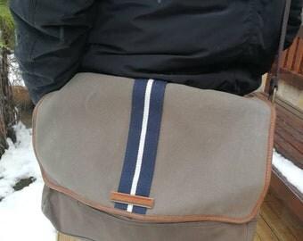 Vintage TOMMY  HILFIGER LEATHER and canvas Shoulder Bags , Strap Messenger Bag, Distressed Vintage Authentic , Hilfiger Crossbody Bag