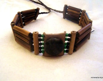 """""""jade"""" native American style necklace"""