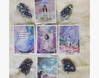 """TAROT reading """"LUNAR CYCLE"""" (card for each phase of lunar cycle- month ahead) • 5 cards • spirit guides give insight • reiki/saged deck"""