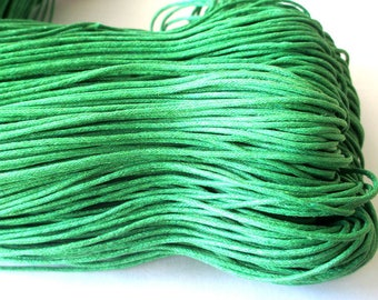 20 meters of thread waxed cotton Green 1.5 mm