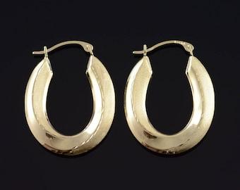 14k Hollow Texture U Hoop Earrings Gold