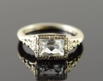 18k 1940's 1.00 CTW Aquamarine Filigree Engagement Ring Gold