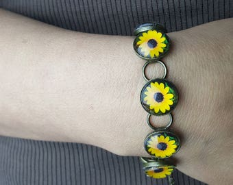 Sunflower Bracelet in Gunmetal Finish with Round Glass Cabochons Photo Jewelry Photo Bracelet Sunflower Jewelry Nature Jewelry Nature photos