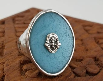 Vintage Sterling silver teal green ring large oval ring size 9.5  PB2750
