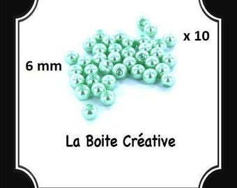 50 glass Pearl blue green clear 6 mm round beads