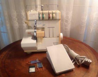 PFAFF Electronic Serger Sewing Machine 2,3,4 thread