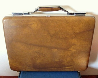 Vintage 70s American Tourister Hard Briefcase with Chrome Hardware and Handle