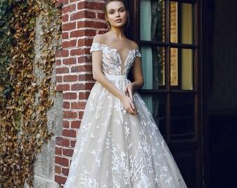 Wedding dress ETEL, wedding dress A-line, wedding dress ball gown, wedding dress long sleeves
