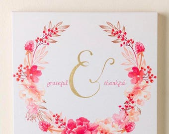 Greatful and thankful flower wall decor sign
