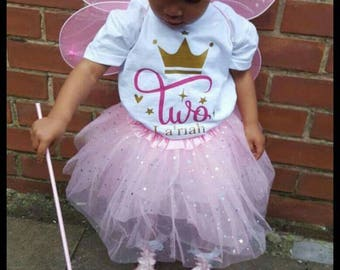 Girls princess birthday tee/tshirt for special birthday party/occasion. Personalised with name, etc.
