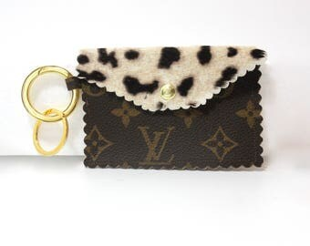 louis vuitton keychain wallet. louis vuitton up cycled wristlet keychain! lv gold tone hardware! fits cards/cash keychain wallet