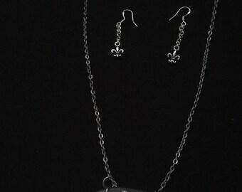 Fleur de lis necklace and earring set