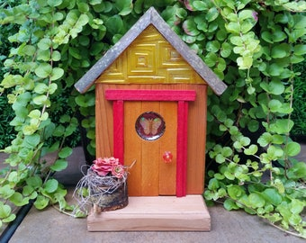 Fairy Door - Marmalade with Ivory Butterfly Window and Fairy Planter