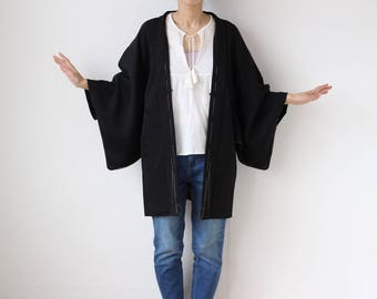 Japanese silk kimono, black silk kimono jacket, haori, vintage Japanese jacket, kimono top, black haori, silk jacket, kimono clothing /1890