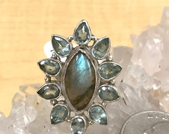 Beautiful Labradorite Ring, Size 7 1/2
