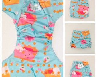 Cloth Diaper, Cloth Nappy, Baby Diaper, Pie, Pie Diaper, Fitted Diaper, All In One, AIO, Diaper Cover, Pocket Diaper