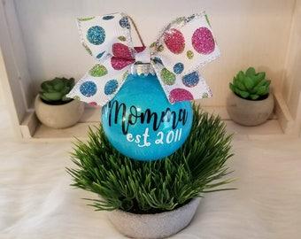 custom glitter ornament,christmas ornament,personalized ornament,christmas gift,newlywed gift,first christmas,gift for mom,glitter,ornament