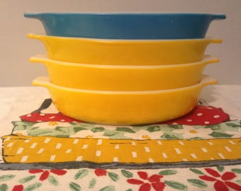 Pyrex Pixies - Yellow and Blue Horizon #700 - 10 ounce