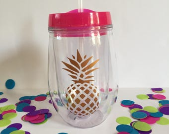 Pineapple wine tumbler/stemless wine tumbler/summer wine tumbler/personalized summer tumbler/pineapple monogram tumbler/beach tumbler