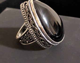 Vintage onyx and sterling silver statement ring