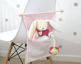 First days without blanket! put blanket or small treasures